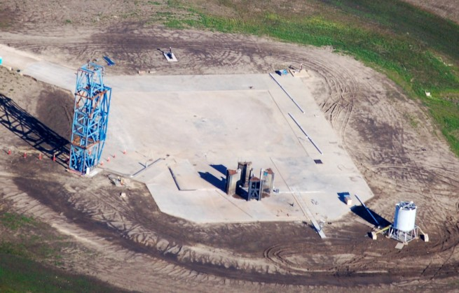 SpaceX - McGregor, TX - Dragon V2 - New Test Stand - 1/25/15 - Jim Howard