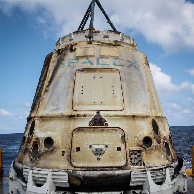 Dragon CRS 6 SpX 6 spacecraft Pacific Ocean SpaceX photo posted on SpaceFlight Insider