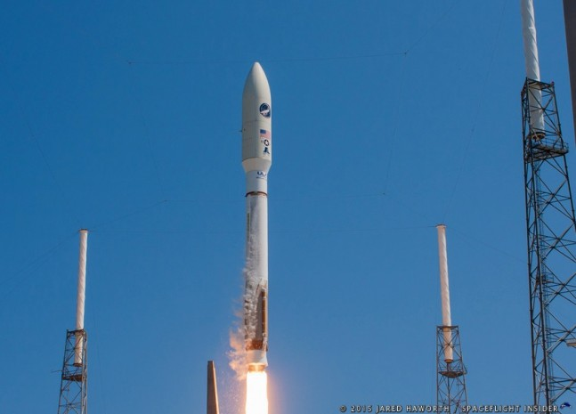 A United Launch Alliance Atlas V 501 rocket with the U.S. Air Force's X-37B spacecraft lifts off on the AFSPC-5 mission at 11:05 a.m. EDT (1505 GMT). Photo Credit: Jared Haworth / SpaceFlight Insider
