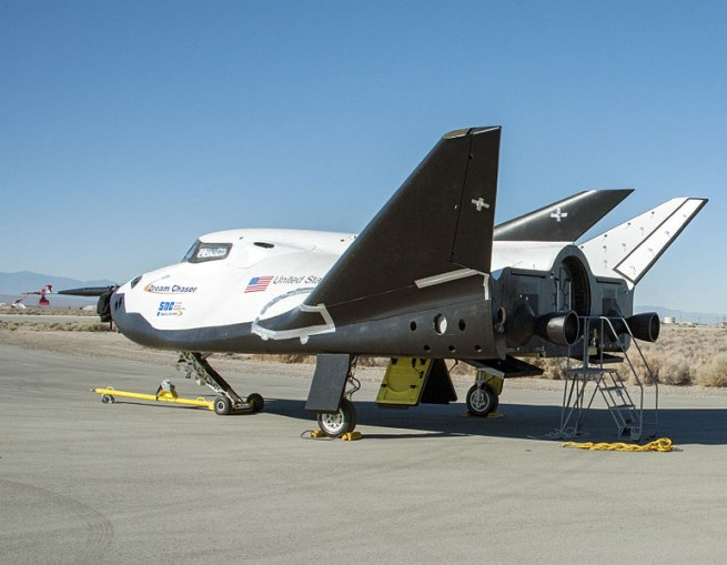 Sierra Nevada Corporation Dream Chaser spacecraft drop tests NASA SNC photo posted on SpaceFlight Insider