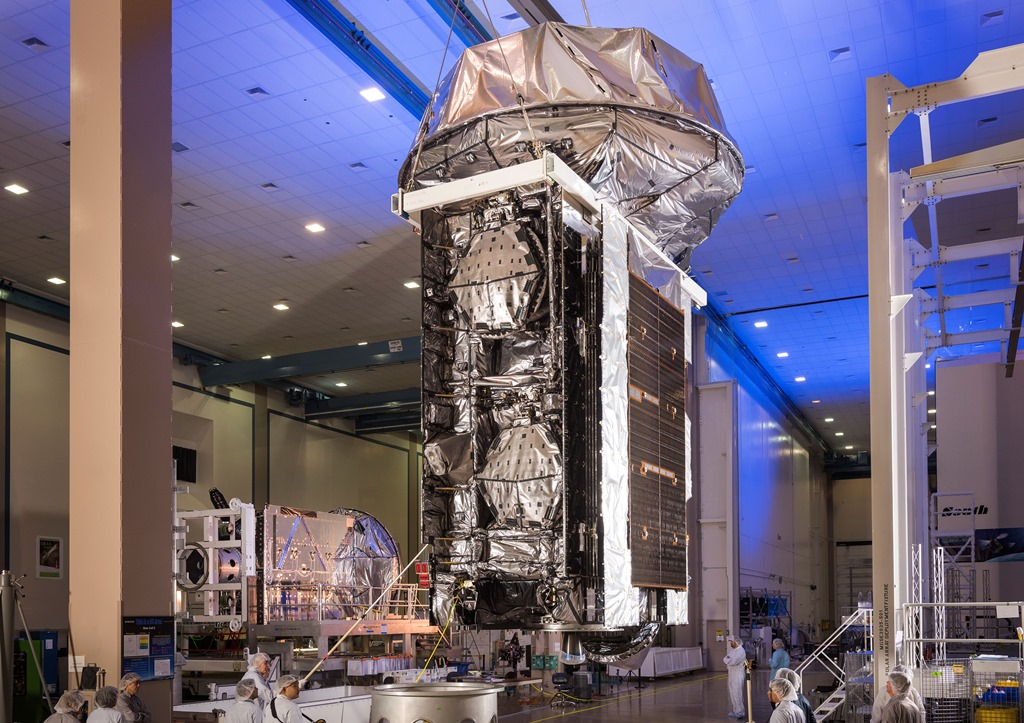 Mobile-User-Objective-System-4-MUOS-4-satellite-spacecraft-being-prepared-for-delivery-to-Cape-Canaveral-Air-Force-Station-Lockheed-Martin-photo-posted-on-SpaceFlight-Insider