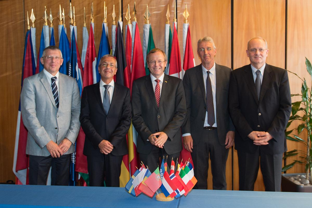 ESA signed contracts for the development of the Ariane 6 new‑generation launcher, its launch base and the Vega C evolution of the current ESA small launcher, on Aug. 12, 2015. From left to right: Alain Charmeau, CEO/President of ASL; Pierluigi Pirrelli, CEO of ELV; Jan Woerner, ESA Director General; Gaele Winters, ESA's Director of Launchers; and Jean-Yves Le Gall, President of CNES. Photo Credit: ESA–N. Imbert-Vier