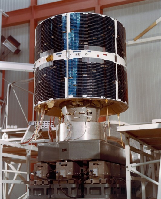 COS-B_1975-1982_Europe_s_pioneer_gamma-ray_observatory ESA photo posted on SpaceFlight Insider