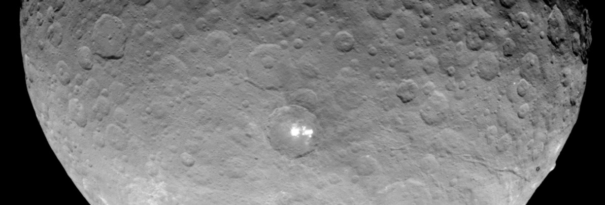 Ceres bright spots NASA Dawn spacecraft image posted on SpaceFlight Insider
