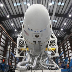 dragon_spacecraft_in_the_hangar_at_cape_canaveral_12-10_credit_spacex_posted on SpaceFlight Insider