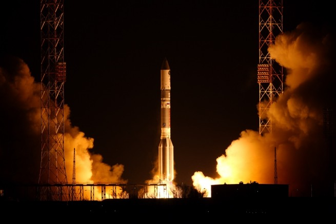 The Proton-M rocket with the Mexsat-8 spacecraft lifts off from Baikonur in May of 2015. Photo Credit: International Launch Services posted on SpaceFlight Insider