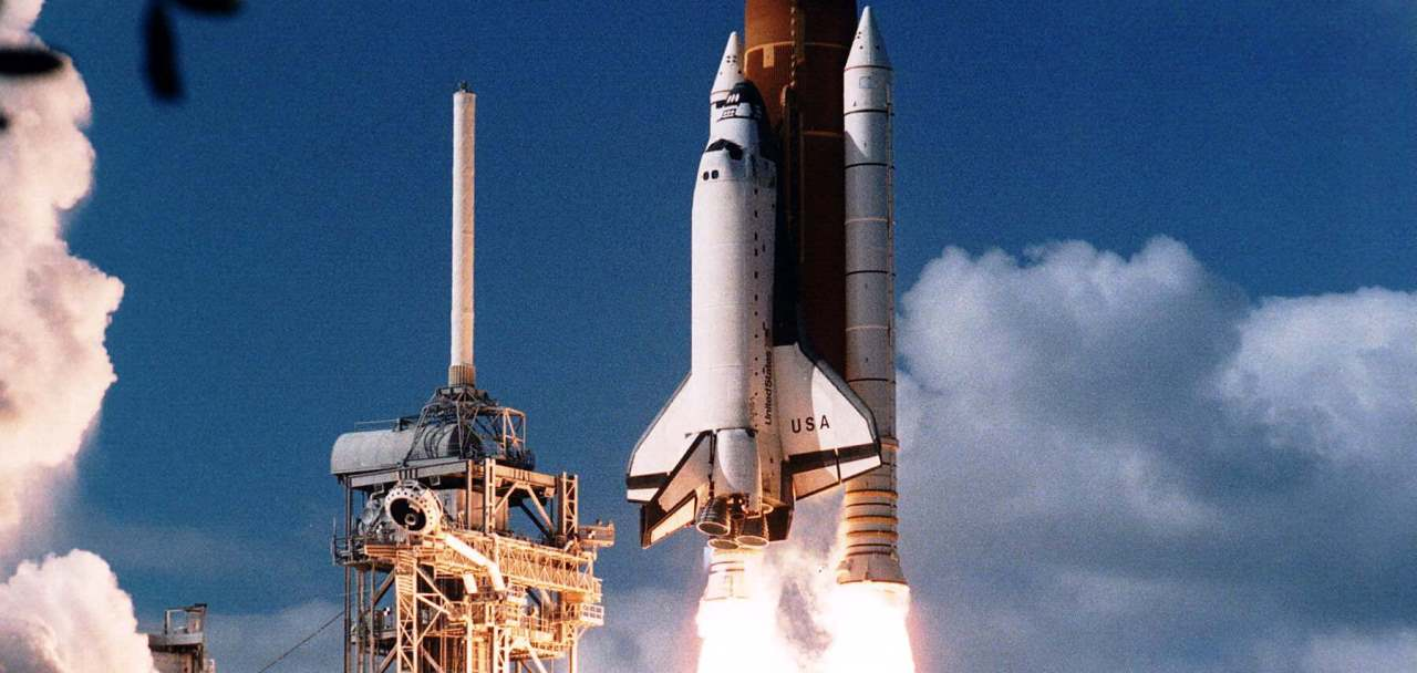 Space Shuttle Columbia lifts off from Launch Complex 39 in Florida on mission STS-80. Photo Credit: NASA