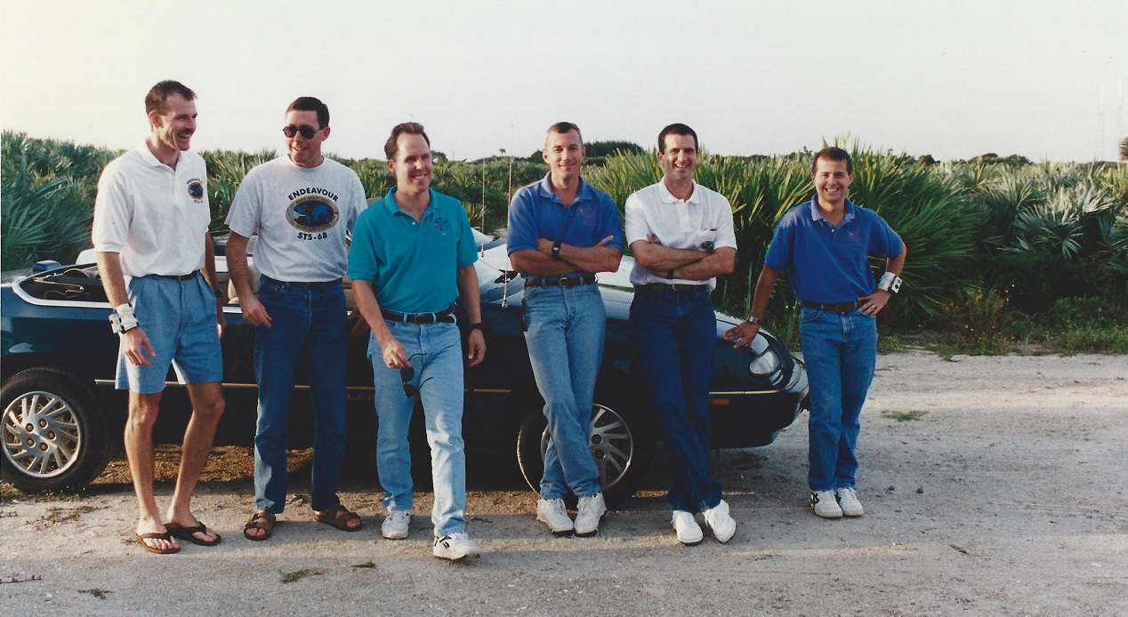 STS-68 crew at the beach house