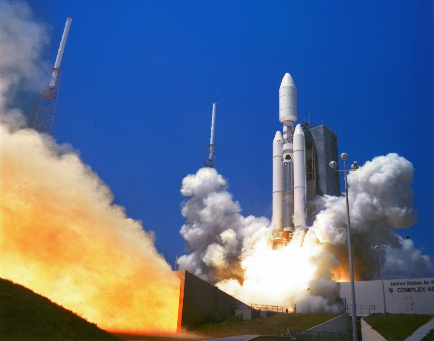 May 2000 launch of a Titan rocket - Lockheed Martin photo posted on SpaceFlight Insider