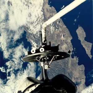 wakeshield-isla-angel-de-la-guarda-baja-STS-80 space shuttle Columbia NASA image posted on SpaceFlight Insider
