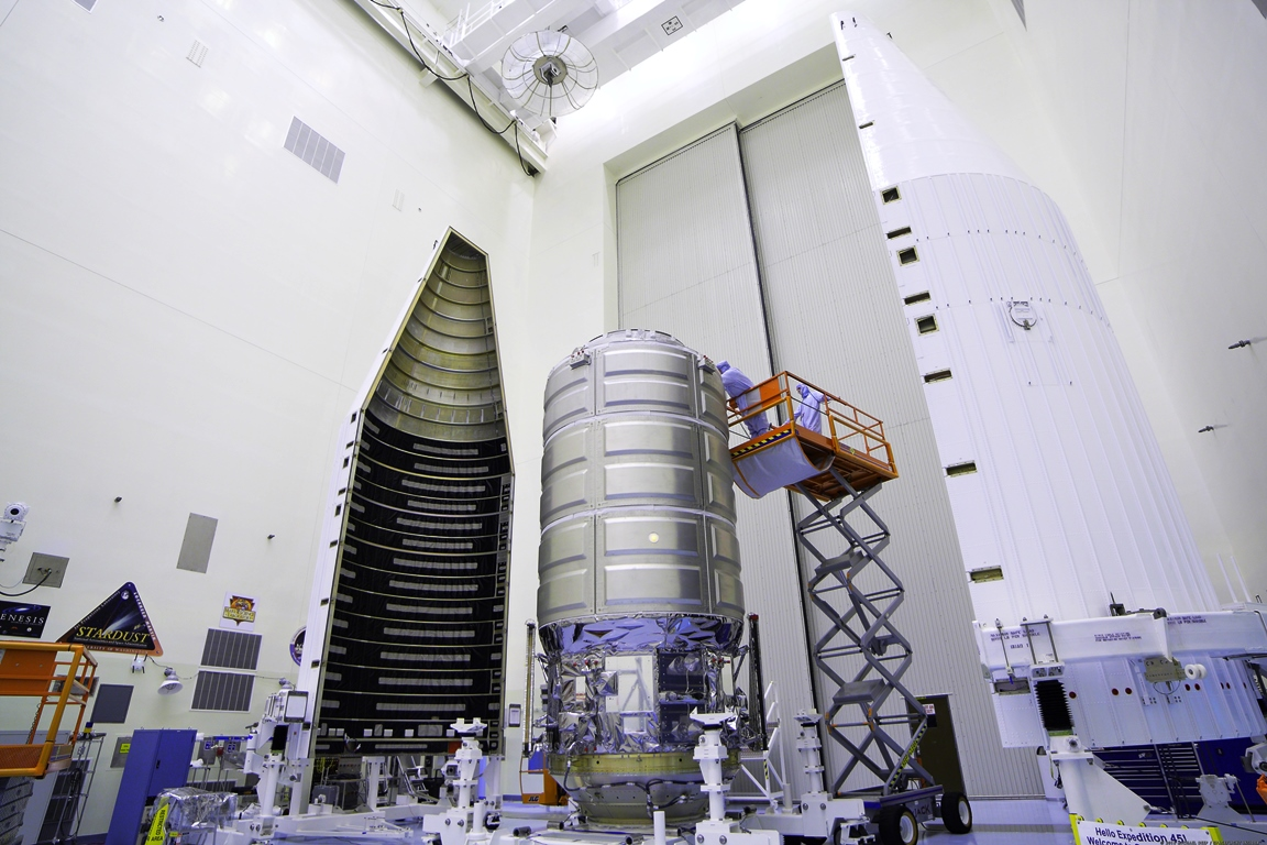 Upgraded Cygnus spacecraft stacked and ready to conduct OA ... | 1152 x 768 jpeg 417kB