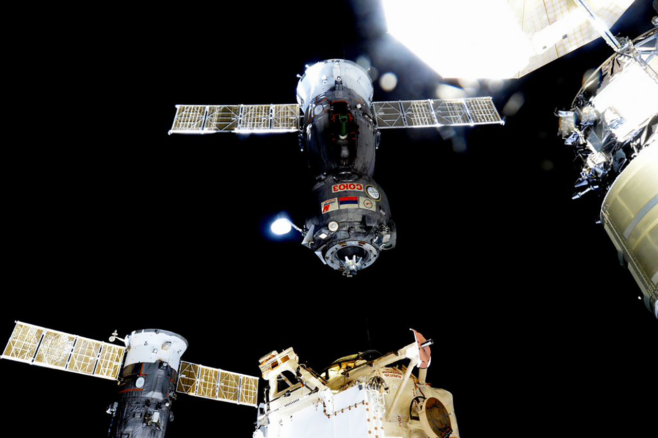 spacecraft crew - photo #21