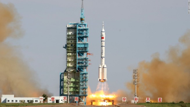 Launch of Chinese Long March 9 rocket CNTV image posted on SpaceFlight Insider