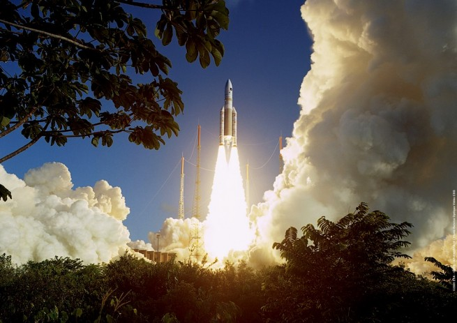 Ariane 5 ECA launch from Kourou, French Guiana photo credit Photo Service Optique Video CSG / ESA CNES / Arianespace