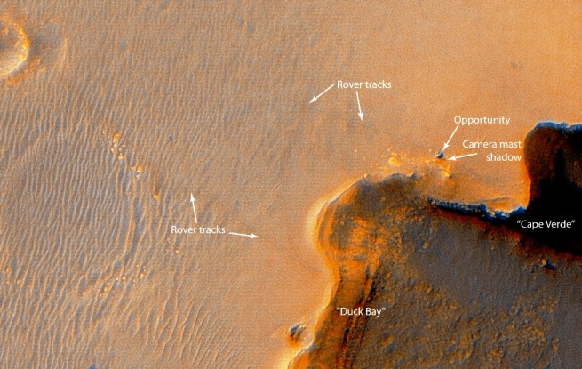 Mars Exploration Rover Opportunity on Mars Endurance Crater NASA JPL-Caltech photo posted on SpaceFlight Insider