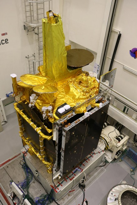 EDRS-A and Eutelsat 9b are mated together in preparation for flight. Photo Credit: Airbus Defence and Space SAS