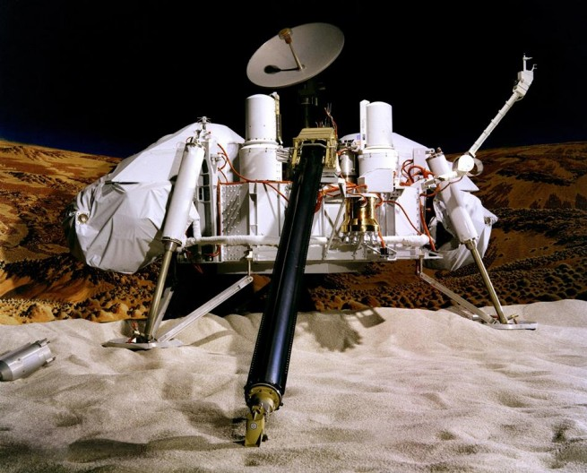 Viking_Lander_Model photo credit nasa