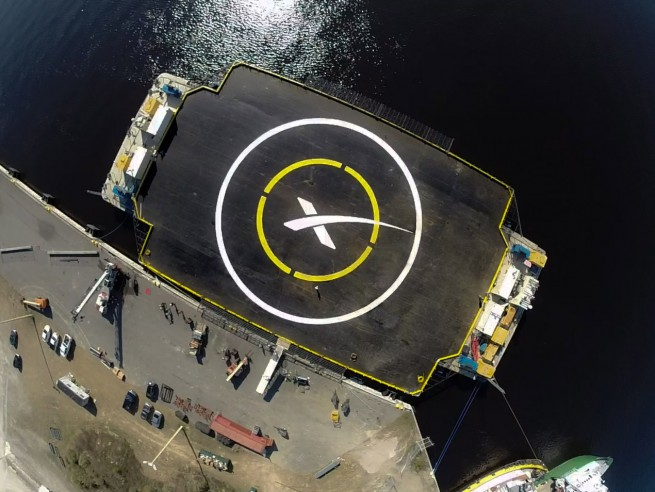 autonomous_spaceport_drone_ship photo credit SpaceX posted on SpaceFlight Insider