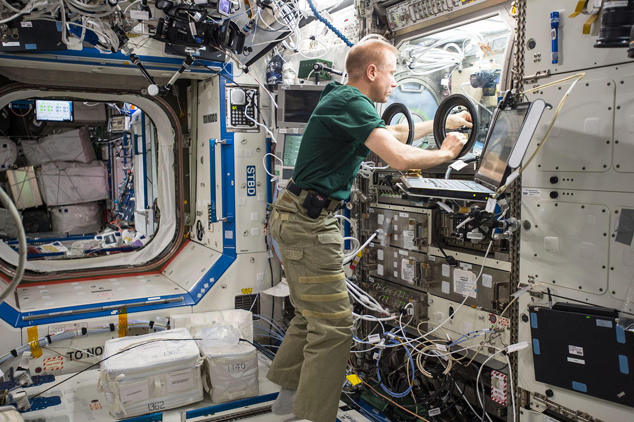 Expedition 46 preps Cygnus for unberthing, conducts life ...