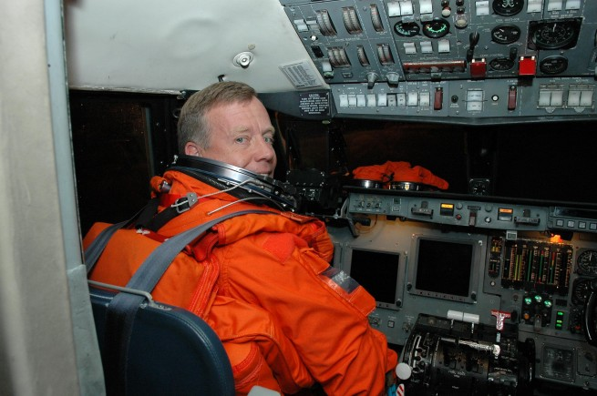 Steven Lindsey in the cockpit as seen on Spaceflight Insider