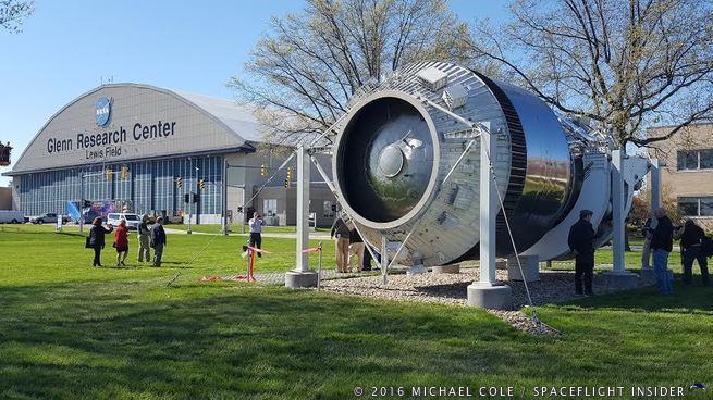 NASA Glenn dedicates display of historic Shuttle-Centaur ...