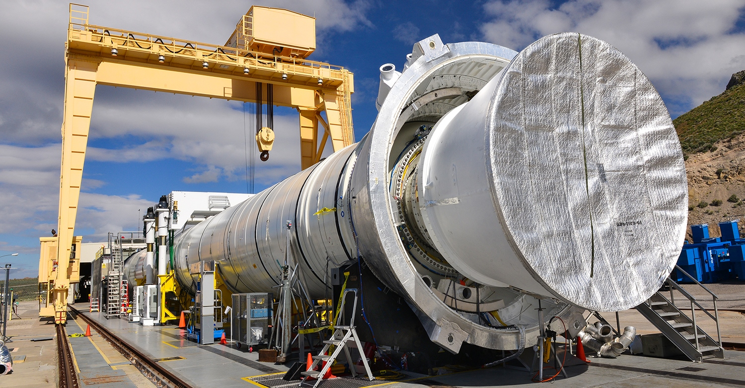 QM-2 motor in test stand in Promontory, Utah in preparation for June 28, 2016 test. NASA Orbital ATK photo posted on SpaceFlight Insider