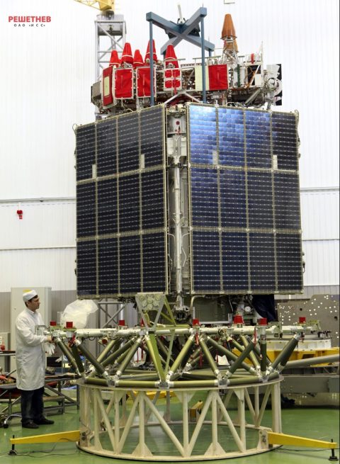 glonass-m_assembly