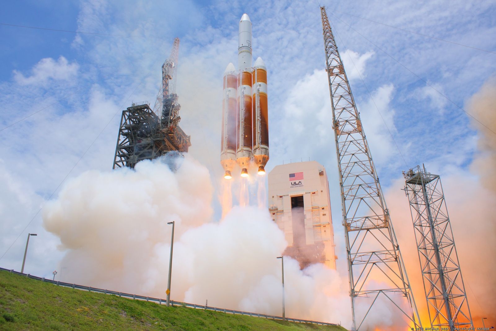 A United Launch Alliance Delta IV Heavy lifts off from Cape Canaveral Air Force Station's Space Launch Complex 37 in Florida with the classified NROL-37 mission for the National Reconnaissance Office. Photo Credit: Mike Deep / SpaceFlight Insider