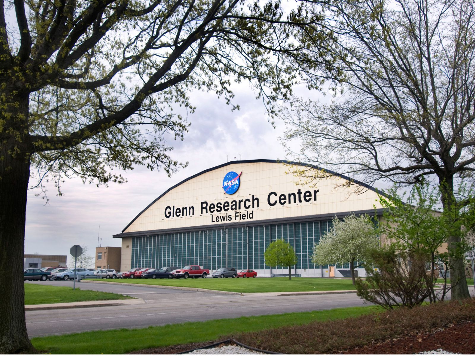 NASA awards grant to Arkansas company to develop silicon ...