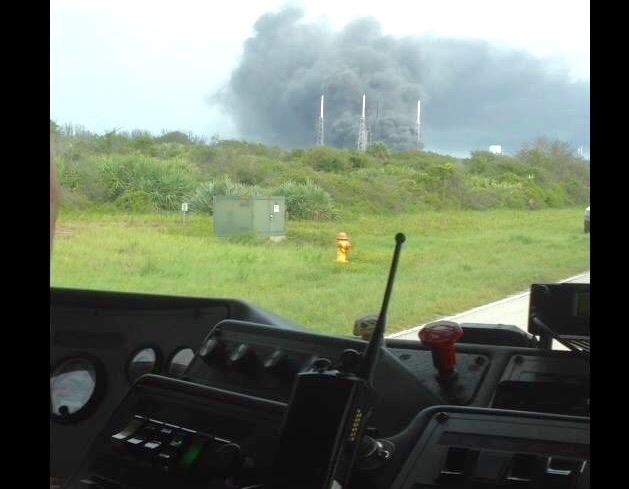 The 45th Space Wing responds to the explosion at SpaceX's SLC-40 on Sept. 1, 2016. Credit: 45th Space Wing courtesy photo
