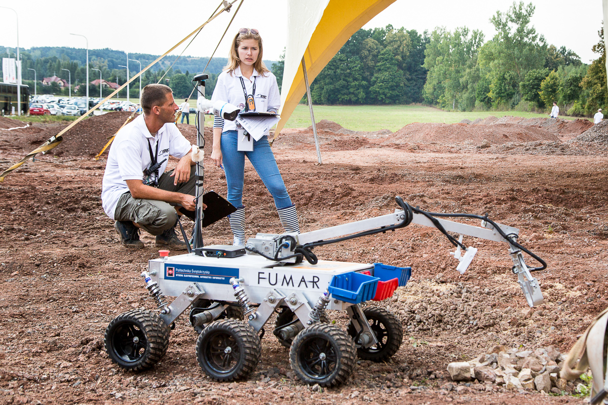 FUMAR rover of the Kielce University of Technology during European Rover Challenge (ERC) 2015.
