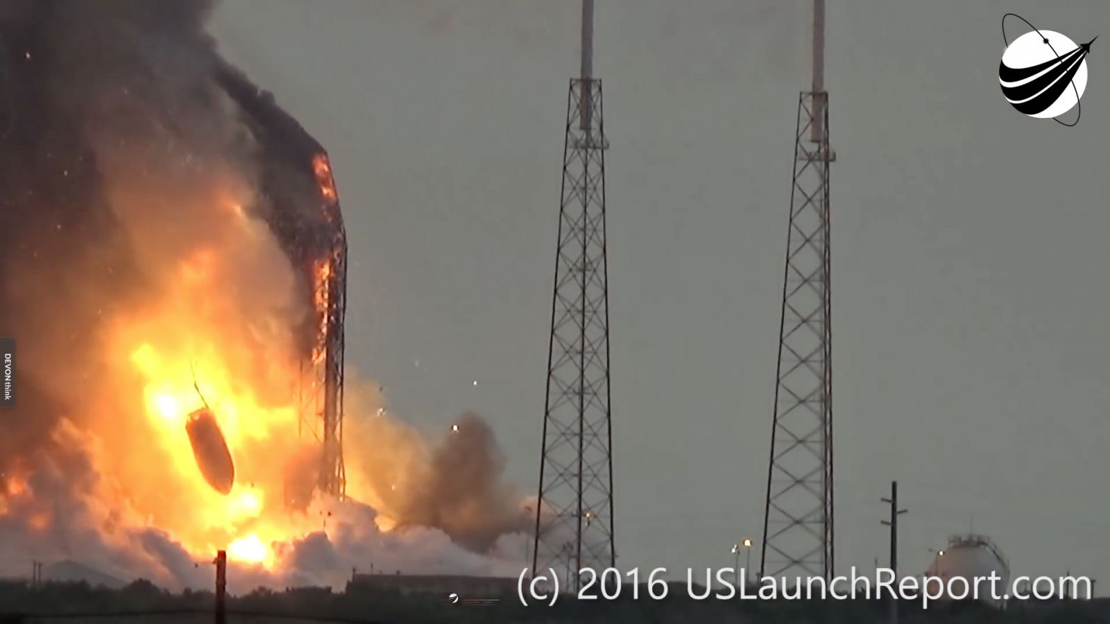 Amos 6 payload fairing falls after SpaceX Falcon 9 explodes image credit Mike Wagner US Launch Report via Space News
