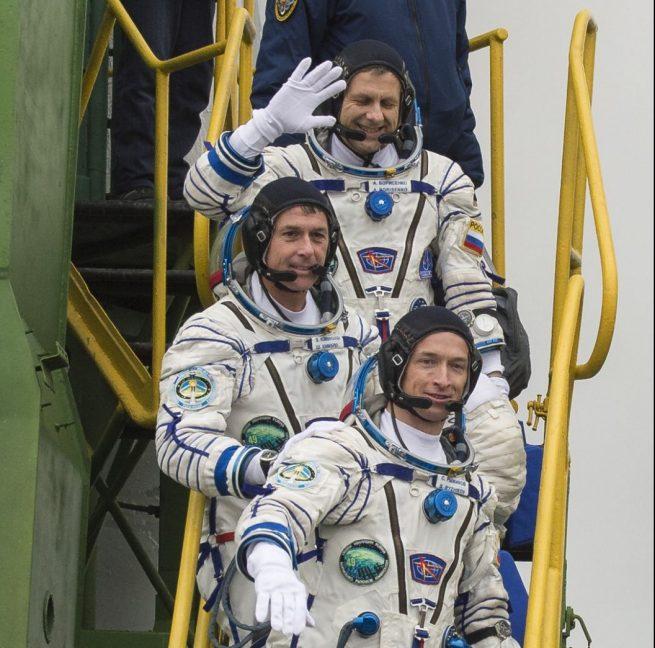 MS-02 Crew