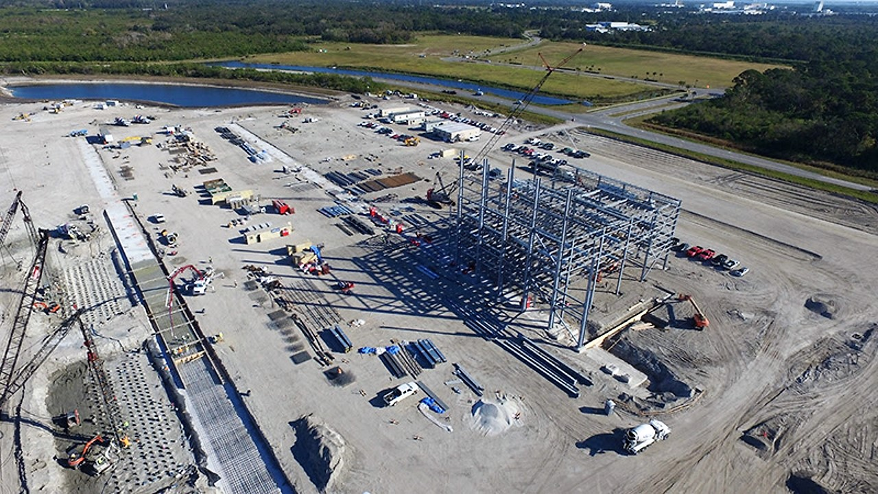 Blue Origin's New Glenn rocket factory first steel
