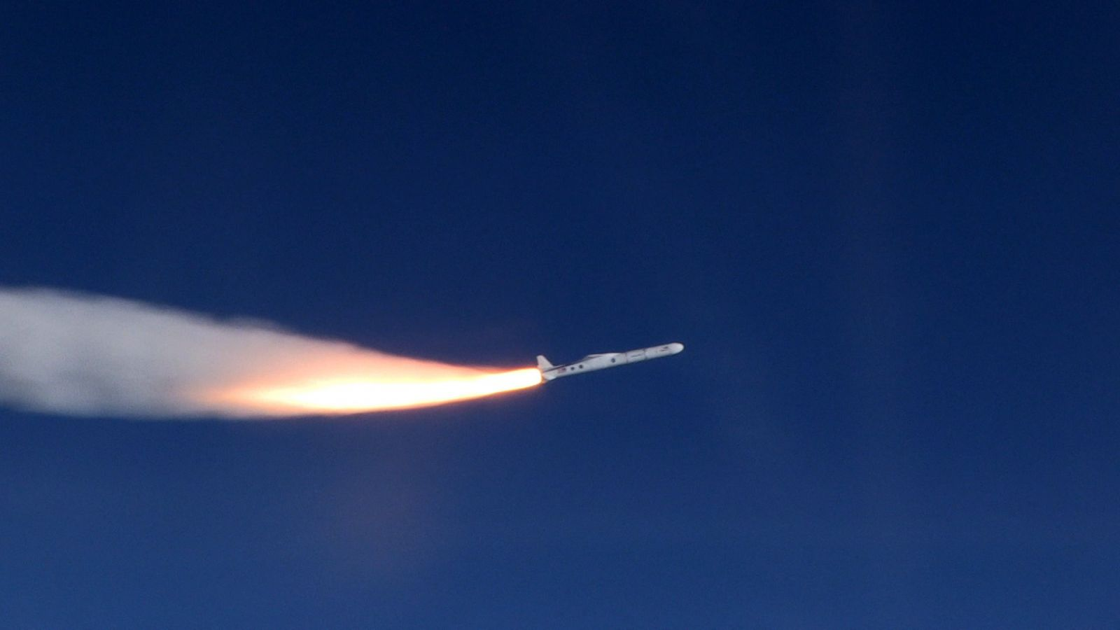 orbital atk pegasus launches cygnss hurricane watching satellites