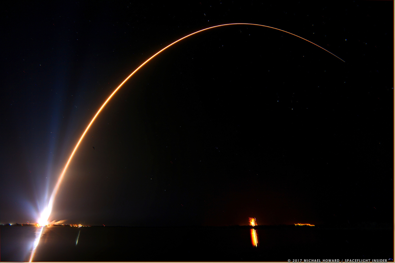 Atlas V and stars on the Space Coast