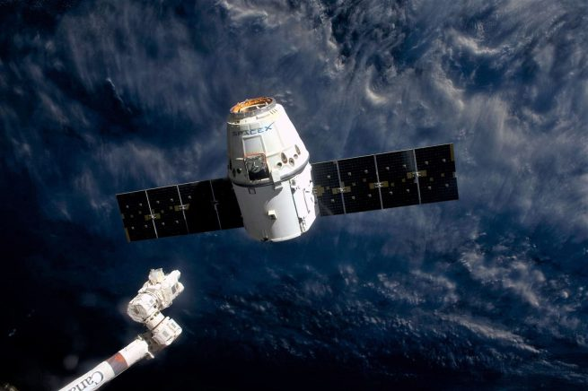 CRS-10 Dragon detaches from Canadarm2 – 2017-03-19