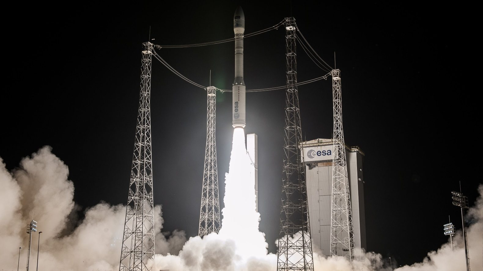 Liftoff of Vega/Sentinel-2B on flight VV09 – 2017-03-06