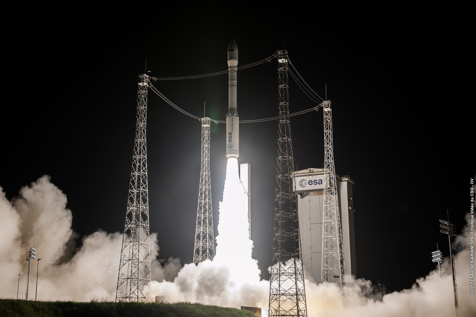Liftoff of Vega/Sentinel-2B on flight VV09