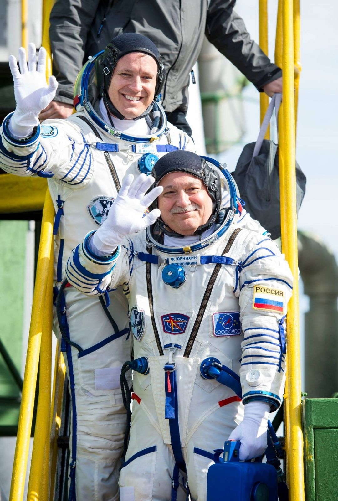Expedition 51 crew launch
