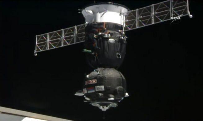 Soyuz MS-04 docking