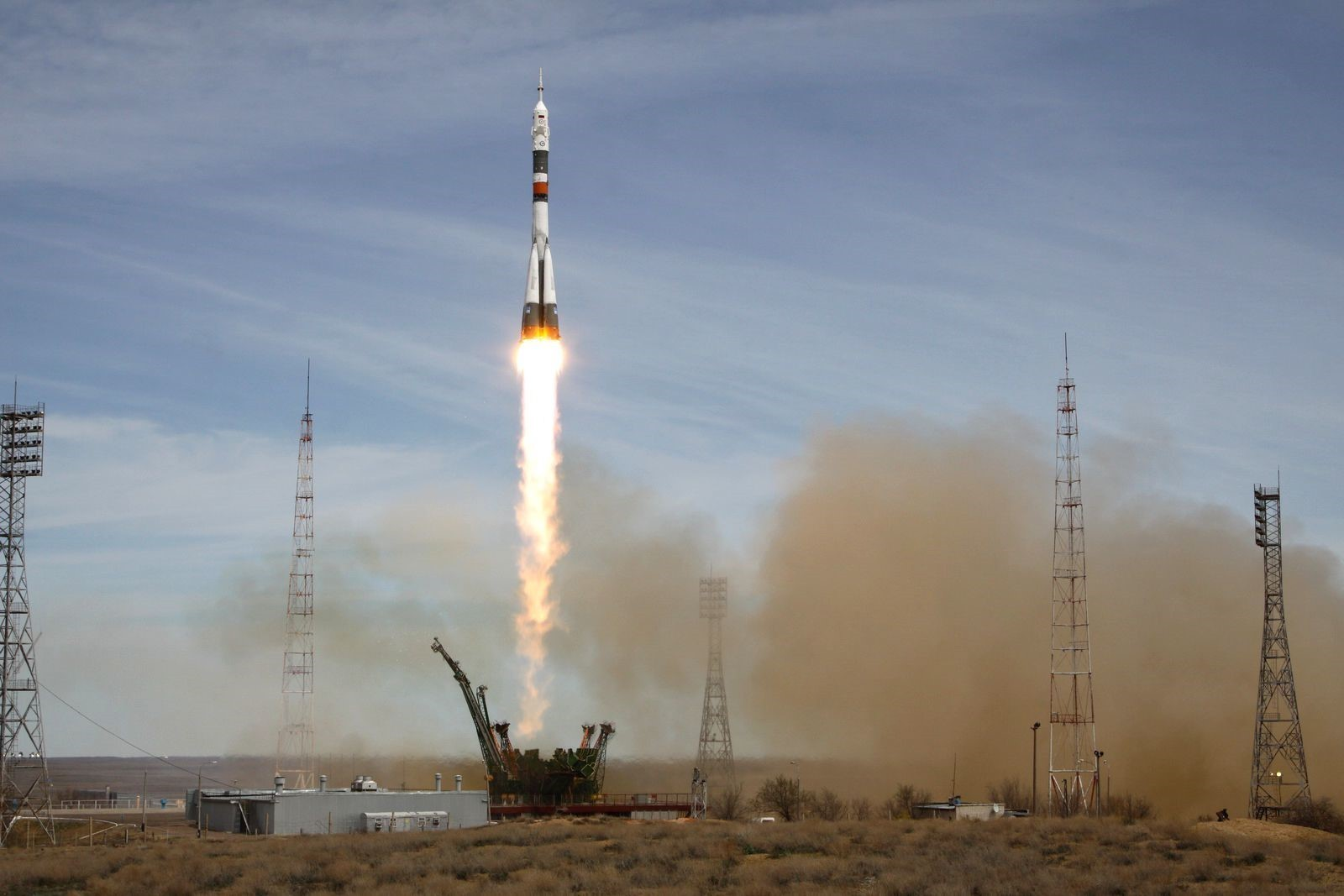 Soyuz MS-04 launch