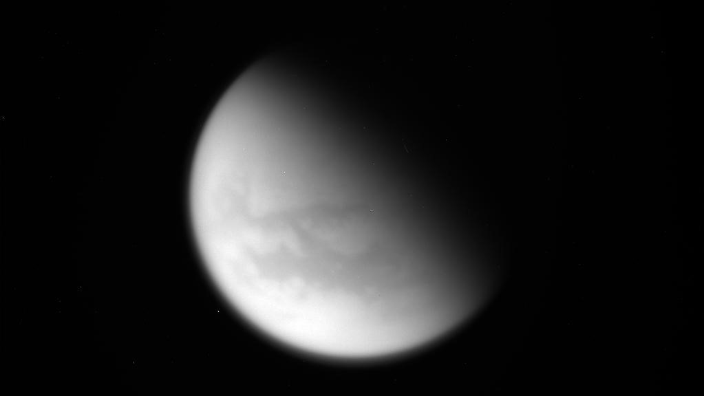 Final titan flyby image