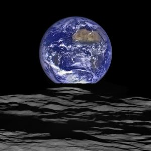 Laser communications. LRO Earthrise image.