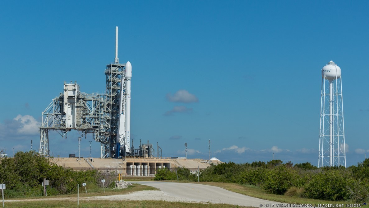 An expendable Falcon 9 sits on the pad ready to launch the Inmarsat-5 F4 communications satellite. Photo Credit: Vikash Mahadeo / SpaceFlight Insider