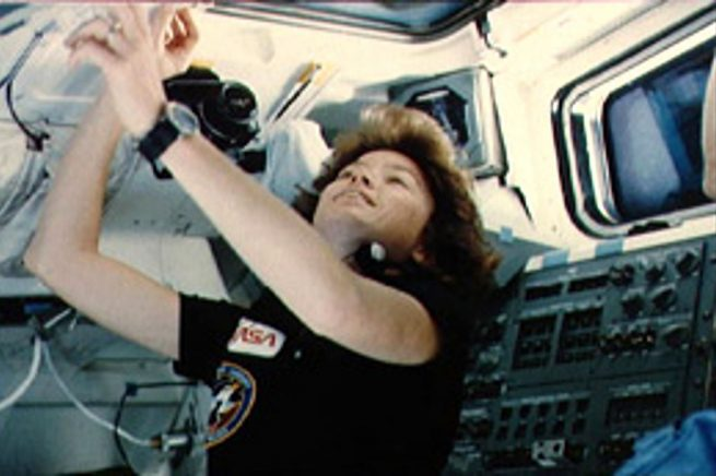 Anna Fisher on STS-51A