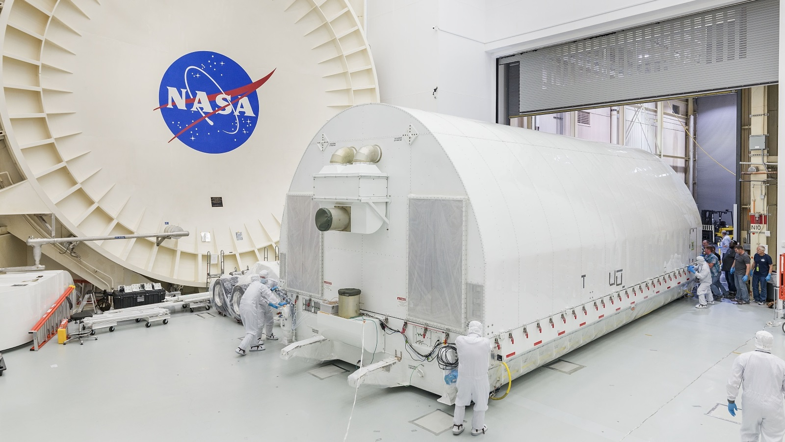 The James Webb Space Telescope is pushed into the clean room of Building 32