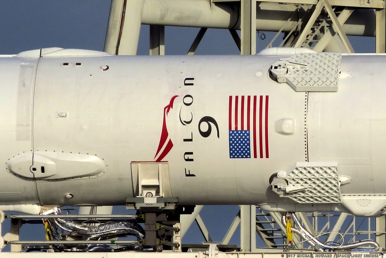 SpaceX Releases Images and Video of Falcon Heavy On the Pad