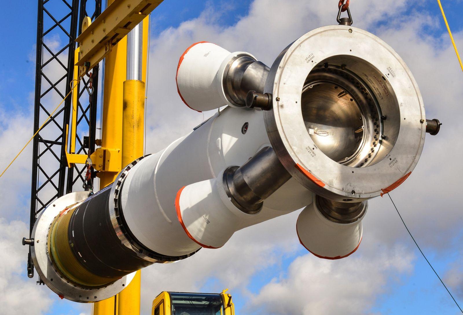 Предпосылки создания Ранее nasa осуществляло доставку грузов на МКС с помощью Шаттлов