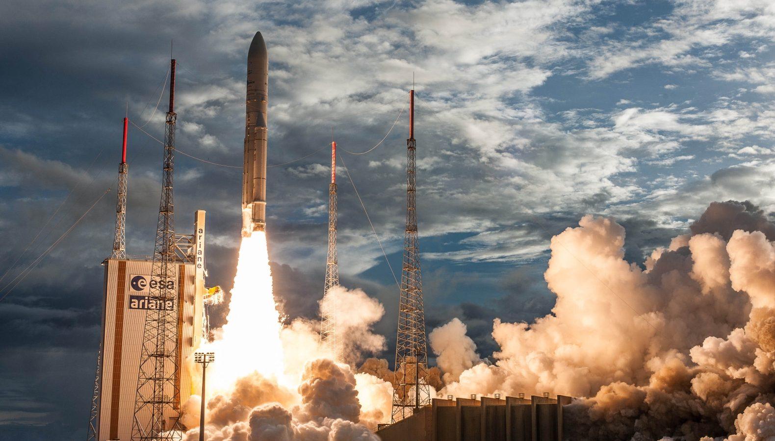 Ariane-5, VA238, launch (2017-06-28)